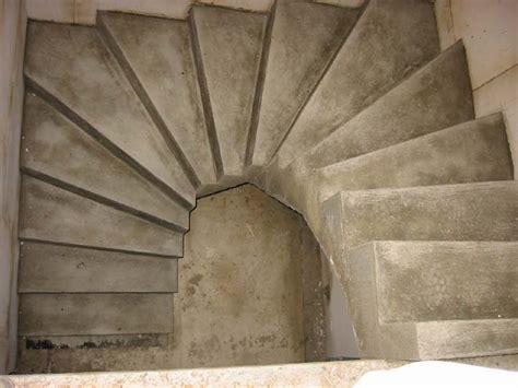 1 2 gewendelte treppe stuwe betontreppe treppen rohbau