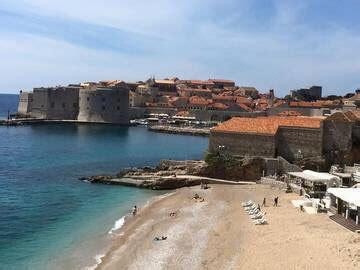 Dubrovnik Spiagge Vicino Al Porto by Dubrovnik Croazia