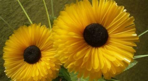 kreasi  membuat bunga  sedotan plastik merdekacom