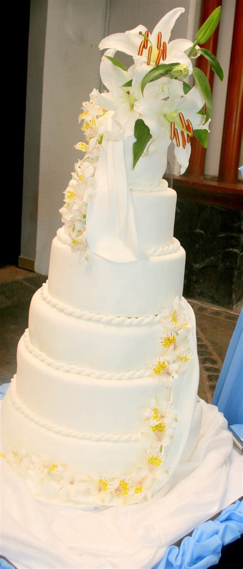 affordable wedding cake of pastries