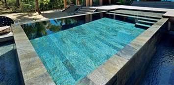 piscine en pierre naturelle concept mosaque