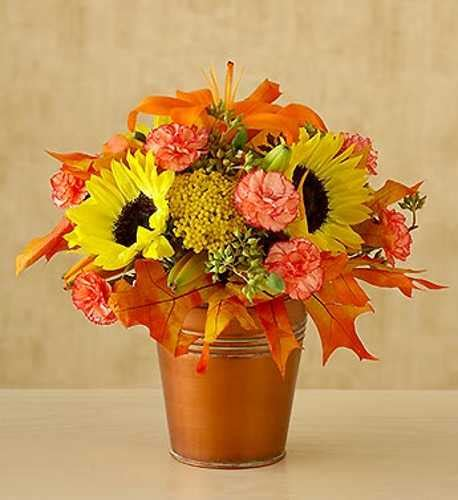 20 Affordable Floral Table Centerpieces For Thanksgiving