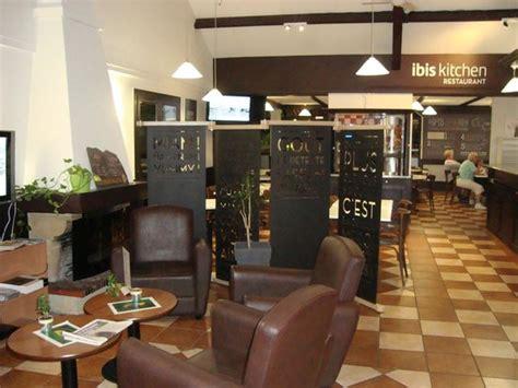 le restaurant picture of ibis niort marais poitevin