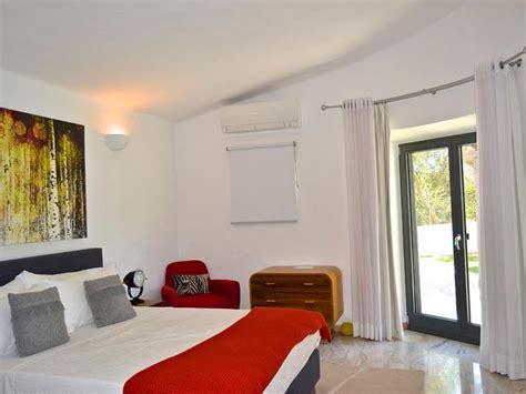 porte chambre bois porte des chambres en bois excellent armoire portes de