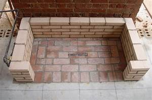 Brique Refractaire Pas Cher : brique r fractaire fabrication four a pizza en briques ~ Dallasstarsshop.com Idées de Décoration