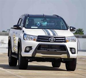 Toyota Hilux 2017 : it s black it s white michael jackson would so approve the 2017 toyota hilux limited g auto ~ Accommodationitalianriviera.info Avis de Voitures