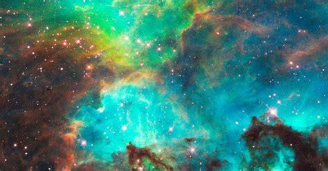 Skaistums no kosmosa dzīlēm - Foto no Habla Teleskopa - Spoki