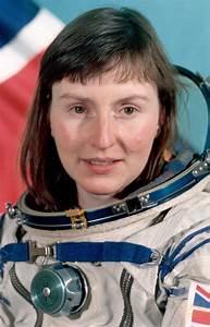 First Uk Astronaut Helen Sharman Gb1mir