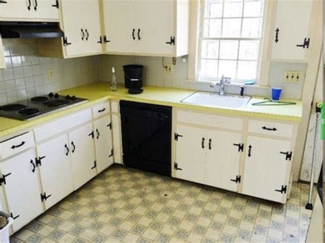reviews kitchen cabinets 1960 s kitchen gets a dramatic makeover 1959