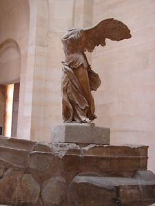The winged Victory of Samothrace | Photo
