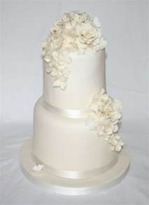 two tier wedding cake simple two tier wedding cake wedding cakes by cake inspirations