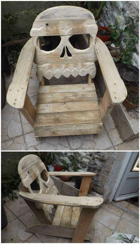 fauteuil tete de mort pallet skull chair  pallets