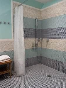 Helen davies interior designer creating a wet room for Wet floor bathroom designs