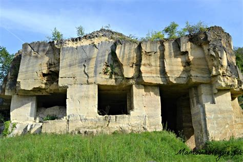 grotte de la chambre d amour bourg à vélo mamour blogue