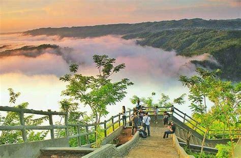 rekomendasi tempat cari sunrise  mangunan dparagon