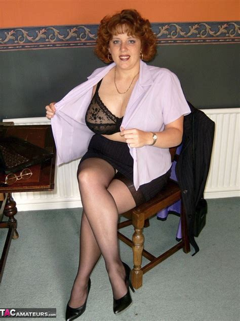 CurvyClaire - Office Girl Pictures