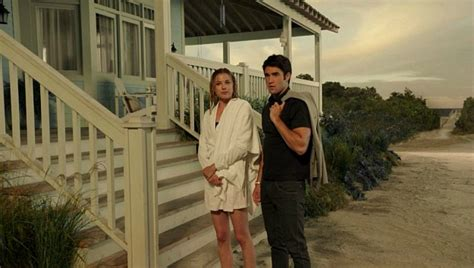 Porch Daniel Nolan by Emily Thorne S House Is For Sale