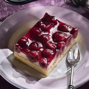 Käse Kirsch Kuchen Blech : die besten 25 kirsch schmand kuchen ideen auf pinterest ~ Lizthompson.info Haus und Dekorationen