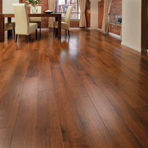Laminate Or Vinyl?  What Flooring Should I Better Choose