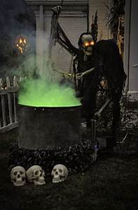 10, Scary, Halloween, Yard, Decorations, Awesome, Ideas