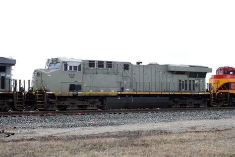 File:KCS 4694 GE ES44AC.jpg - Wikimedia Commons