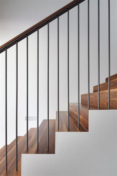 Best 25+ Modern Stair Railing Ideas On Pinterest Modern