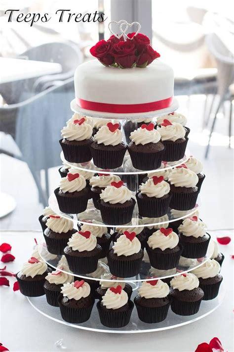 red black  white cake  cupcake tower wedding