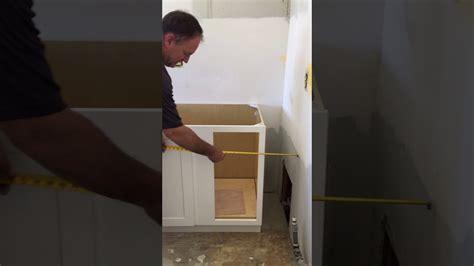 install  blind base kitchen cabinet   corner