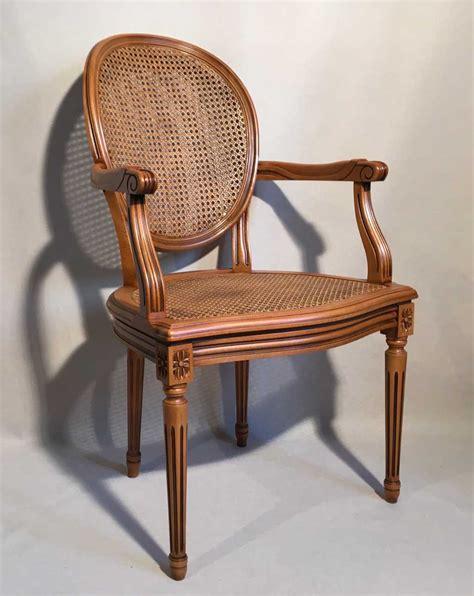 fauteuil medaillon louis xvi fauteuil louis xvi medaillon canne les beaux si 232 ges de