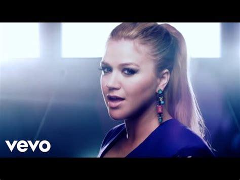 Video klip lagu: Kelly Clarkson - I'll Be Home for ...