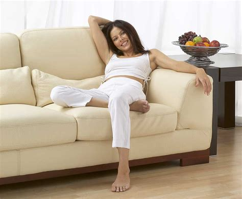 professional leather furniture cleaning service