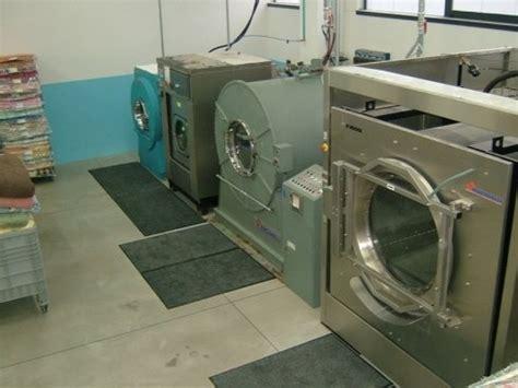 lavaggio piumoni lavanderia conto terzi pescara tecnica pelle lavanderia