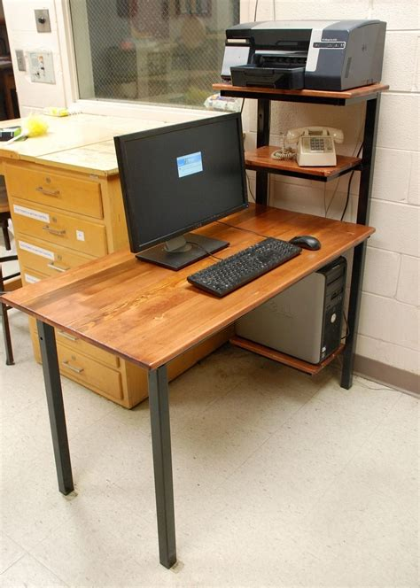 handmade computer desk  discriminating designs