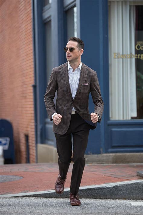 Plaid Mens Blazer - Fall Mens Outfit Ideas - He Spoke Style
