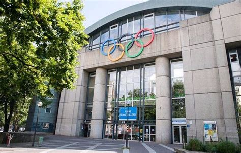 piscine porte des lilas horaires la piscine de la porte des lilas 224 l heure olympique olympic 2024