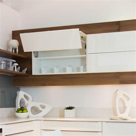 mobalpa cuisine cuisine mobalpa tallys laqué blanc brillant meuble haut pliant relevant cuisines et