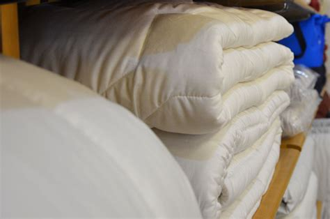 Kissen, Bettdecken, Bettwäsche Uvm Aus Gummersbach Bhh