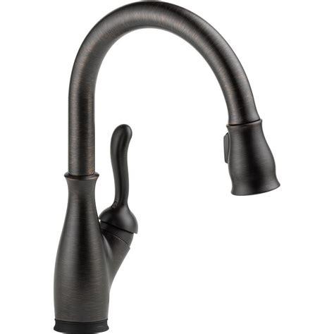 delta leland single handle pull sprayer kitchen