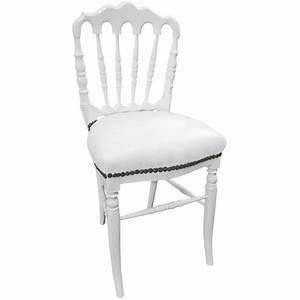 Chaise Bois Blanc : chaise de style napol on iii simili cuir blanc et bois blanc ~ Teatrodelosmanantiales.com Idées de Décoration