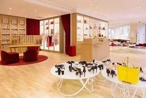 Victoria Secret Paris Champs Elysees : shopping courbettes galipettes paris capitale ~ Medecine-chirurgie-esthetiques.com Avis de Voitures