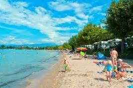 Urlaub Gardasee Lazise Camping : strand campingplatz gardasee spiaggia d 39 oro camping ~ Jslefanu.com Haus und Dekorationen
