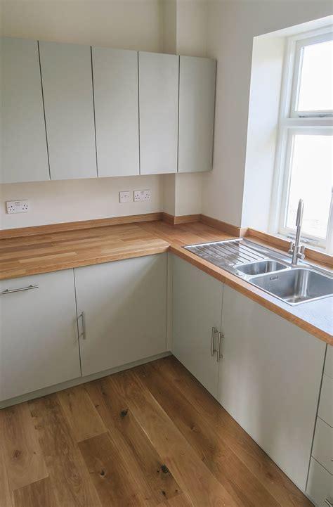 kent building supplies kitchen cabinets railway tavern kitchen kitchens 7625