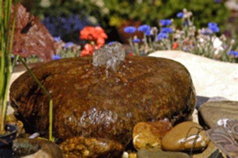 quellstein selber bauen einen sprudelstein selber bauen in 6 schritten gartenteich sprudelstein quellstein und