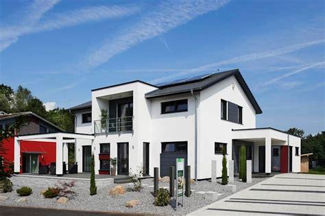 Innovativer Wohntraum Mit Klaren Strukturen