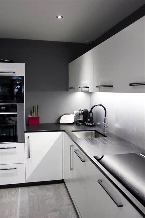 hotte aspirante cuisine professionnelle 25 best ideas about hotte aspirante encastrable on