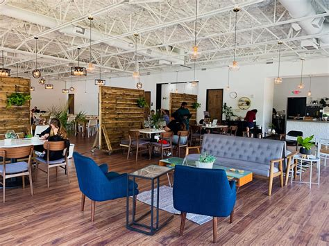 This southtown coffee house by day, bar and lounge by night is open every day of the week for your study (and beverage) convenience. 6 of the best coffee shops in Orlando | Toyota of Orlando