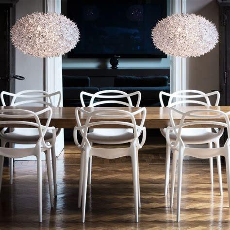 Eine Zweiraumwohnung Mit Ungewoehnlichem Interior by Masters Stuhl Kartell Bei Ikarus Design Design In 2019