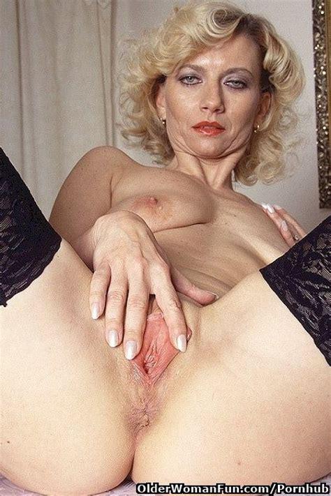 Amateur Milf Pictures British Granny Inka Has Solo Sex