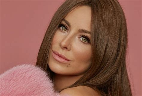Как правильно краситься в 2020 году тренды в макияже которые подойдут каждой женщине . журнал cosmopolitan