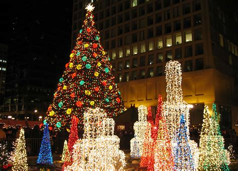 magnificent lights parade 2017 christmas in chicago 2018 chicago christmas market